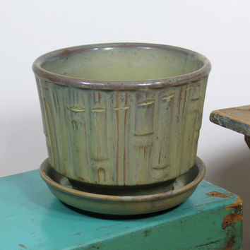 "McCoy Planter 0374 Olive Green Bamboo . 6-1/2"" USA Pottery Planter Circa 1940s - 1960s"
