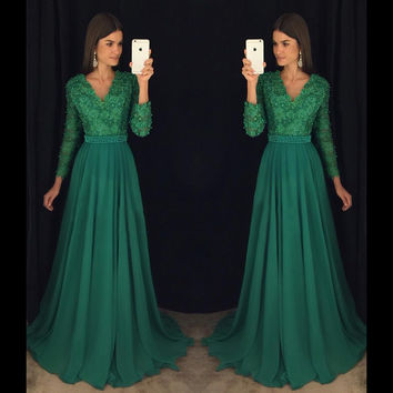 Charming Emerald Green Girl Prom Dress 2017 A Line Floor Length Long Sleeve Lace V Neck Pearls Chiffon Long Prom Dresses