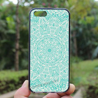 Mandala,lighting blue,white line,iphone 4 case,iPhone4s case, iphone 5 case,iphone 5c case,Gift,Personalized,water proof