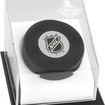 Los Angeles Kings 2014 Stanley Cup Champions Hockey Puck Display Case - Fanatics