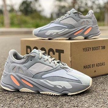 Adidas Yeezy 700 Runner Boost New Fashion Retro Sneakers Sport R d7146ba9a675
