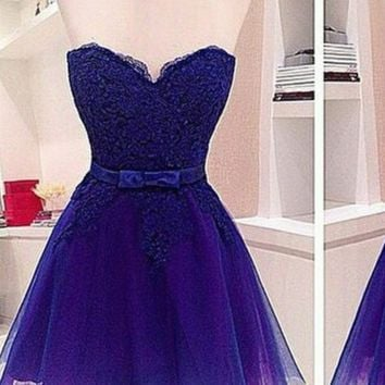 A-line Sweetheart Sleeveless Short Tulle Belt Homecoming Dress
