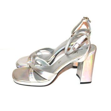 Vintage 90s Holographic Chunky Heel Shoes High Heel Silver Shoes Rave Club Kid Holographic Sandals High Chunky Heel Size 8.5