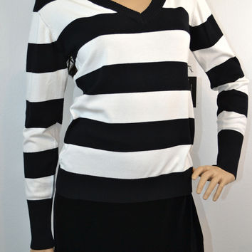 Cielo Pullover V Neck Sweater-Black & White Stripe