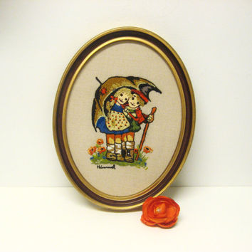 Hummel Embroidered Oval Wall Hanging