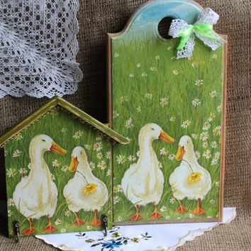 Set for kitchen - towel rack and  cutting board Crimean geese Handmade Home decor green Kitchen hook Towel  Coziness wooden kitchen board