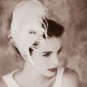 White Ostrich Feather Fascinator Bridal Hair Clip with Star