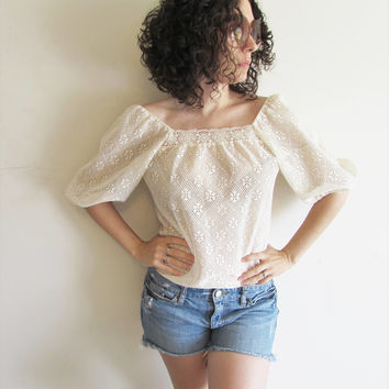 Vintage Cream Lace Off the Shoulder Peasant Hippie Boho Gypsy Shirt Top