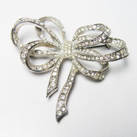 Vintage Rhinestone Bow Brooch by Carolee