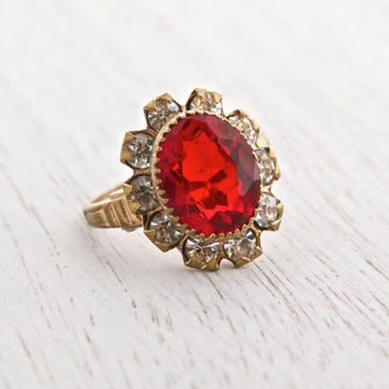 Vintage Art Deco Red & Clear Rhinestone Flower Ring - Antique Gold Plated Size 8 1940s Costume Jewelry / Radiant Floral Cluster