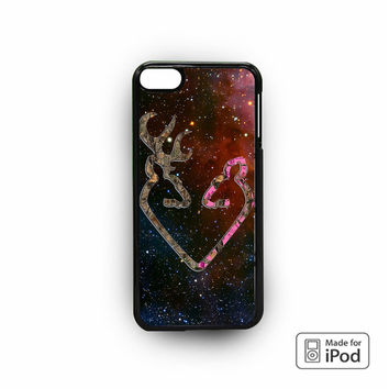 Browning Style Heart Buck Doe Deer Sticker Decal Duck Hunting for iPod 6 apple cases