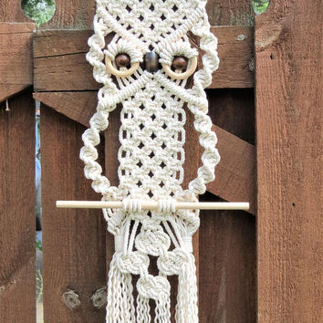 White Cotton Macrame Owl, Modern macrame wall hanging, natural cotton wall tapestry, nautical rope decor, nautical knot decor, hippie boho