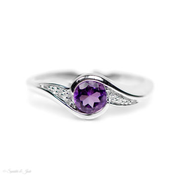 Sterling SilverDiamond And Round Amethyst Ring