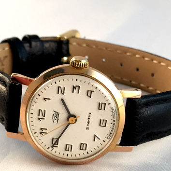 Classic women's watch Zarja / Zaria 21J, Gold plated wristwatch for ladies, casual vintage watch,with new leather strap