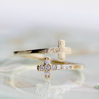 Two cross Adjustable ring/ In gold and silver