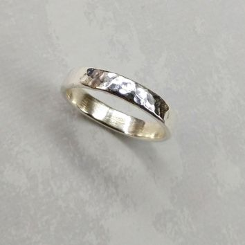 Sterling Silver Hammer Patterned Band Ring for Him or Her Sz 8