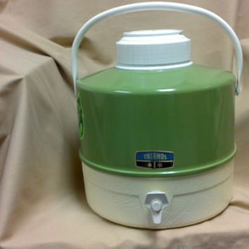 Vintage 70s Avocado Green Thermos Camping/Picnic Jug for Hot and Cold Beverages - 2 Gallons