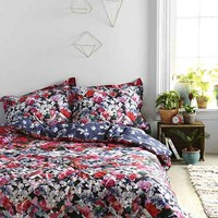 Plum & Bow Photo Rose Duvet Cover- Red Full/queen