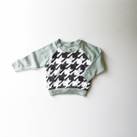 Cats-Tooth Organic Kids and Babies Long Sleeve Raglan