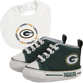 Green Bay Packers NFL Infant Bib and Shoe Gift Set