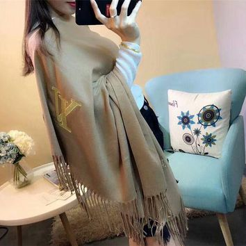 DCCKGV7 Best Online Sale Luxury Louis Vuitton LV Keep Warm Scarf Gold Thread Embroidery Scarves Winter Wool Shawl - Apricot