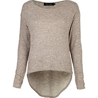 Grey knit dip hem top