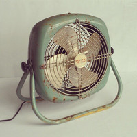 Retro General De Luxe Electric Box Fan - STILL WORKS