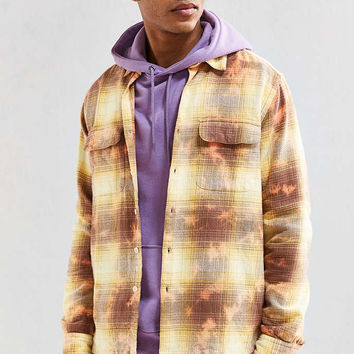 UO Cole Bleached Shadow Plaid Flannel Button-Down Shirt - Urban Outfitters