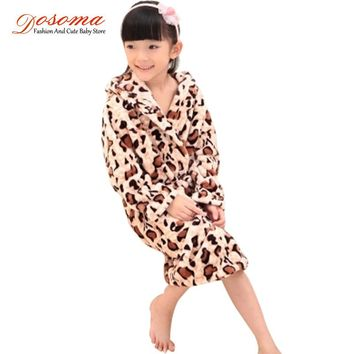 New brand 2016 girls coral cashmere children's bathrobes with hood kids flannel Sleepwear teenager robes 3-13 albornoz infantil