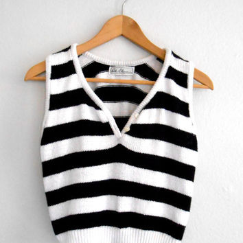 Vintage Striped Sweater Vest Crop Top Crop Sweater Black and White Stripes Vest Jumper Jersey FREE SHIPPING