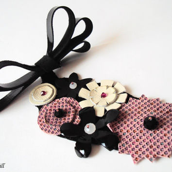 Statement Leather Necklace Bib Necklace Pink Flowers Colorful Dots Black Leather Jewelry - Europe