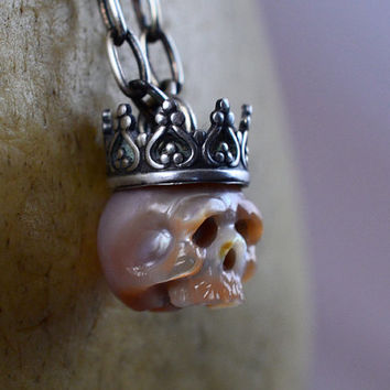 READY TO SHIP - Carved Pearl Skull Wearing Oxidized Sterling Silver Crown - Pink Pearl Necklace - Gift - Skull Jewelry - Pearl Skull