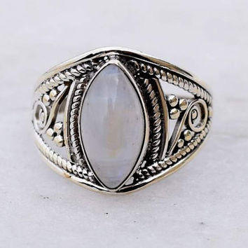 Moonstone Ring, Sterling Silver, Round Shaped Moonstone, Engraving, Silver Rings Women, Moonstone, Gemstone, Gypsy, Sterling Ring