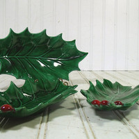 Retro Mid Century Christmas Collection of 3 Large Ceramic Holly Leaves Nesting Plates - Vintage Green Red Belacraft Pottery 3 Candy Dishes