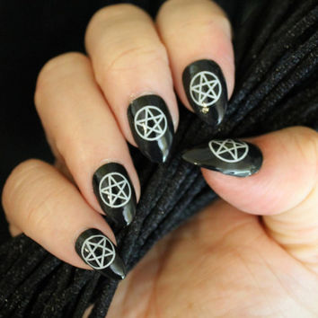 31 WHITE PENTACLES Nail Art (PNW) Waterslide Decals Not Stickers or Vinyl - Wiccan Gothic Pentagram