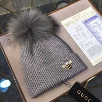 VONEY6G GUCCI Fashion Bee Embroidery Beanies Knit Winter Hat Cap2