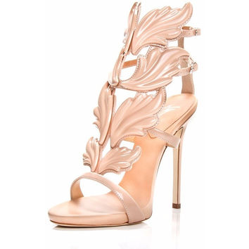 Winged Gladiator Pumps