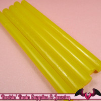 5 Semi-Translucent YELLOW Mini Hot GLUE STICKS / Deco Sauce / Fake Icing / Nail Art Stick / Faux Wax Seals / Cellphone Decoden