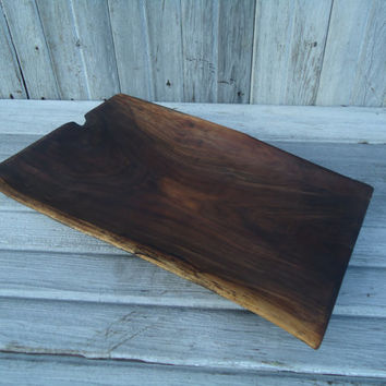 Black walnut serving tray - Black walnut wood tray - Fruit tray - Bread tray - Wooden artwork - Home decor - Kitchen decor - Rustic decor