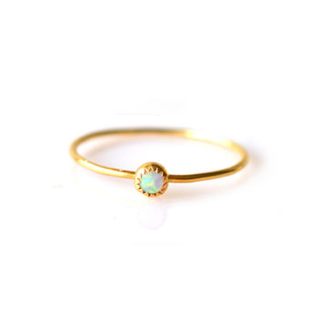 Gold Opal Solo Ring