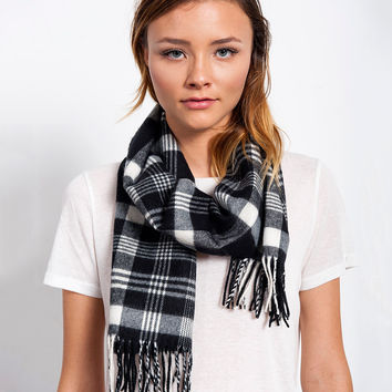 Simply Black and White Scarf