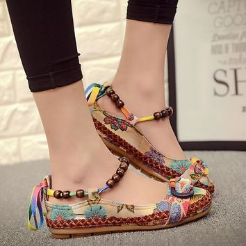 2016 New Chinese Style Retro Women'S Ladies Flat Shoes Women Shoes Casual Beading Roun