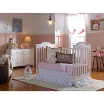 Fisher-Price Charlotte 3-in-1 Crib