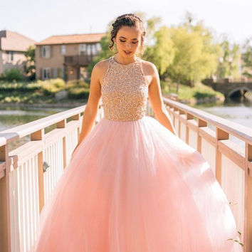 Elegant Long Tulle Evening Gowns 2016 Puffy Tulle Beaded Pink Prom Dresses Formal Occasion Gowns Party Gowns