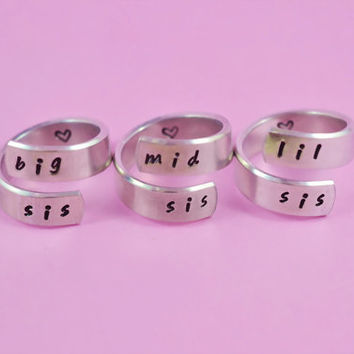 big sis/mid sis/ lil sis  - Spiral Rings Set, Hand Stamped, Handwritten Font, Shiny Aluminum, Forever Love, Friendship, BFF, V3