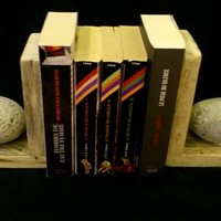 BoGaLeCo.com / Decorative objects / Reclaimed wood / Press book / Presses Wood, books and Pebble