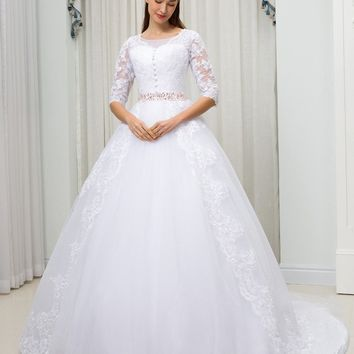 C.V Sheer Neck Illusion Arab Plus Size Wedding Dress 2018 Beaded Belt Court Train Ball Gown Lace Vintage Wedding Dresses W0054
