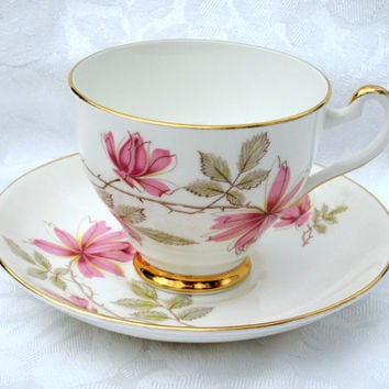 ROYAL TAUNTON English Bone China Teacup & Saucer with Pink Flowers and Gold Trim