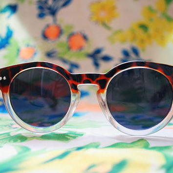 The Harry | Vintage Tortoiseshell Circle Keyhole Sunglasses Retro Round Glasses