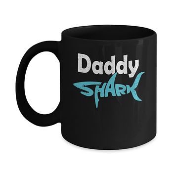 Daddy Shark Dad Family Fathers Day Gifts Idea Mug